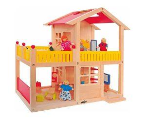 Moderný drevený domček s terasou