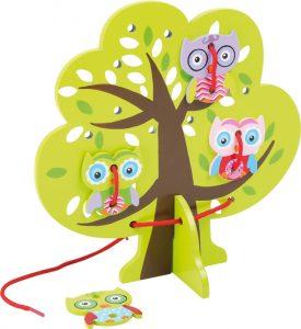 """Drevená hračka """"Sovy na strome – prevliekanie šnúrky"""""""