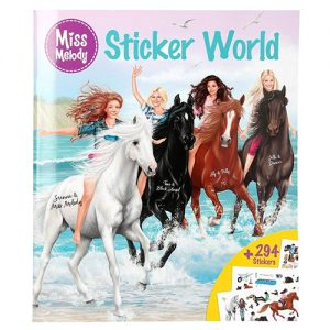 Kreativny zosit Dievca a kone na plazi Miss Melody