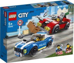 LEGO City Policajná naháňačka na diaľnici 60242